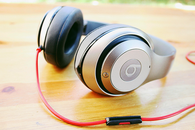 beats titanium headphones